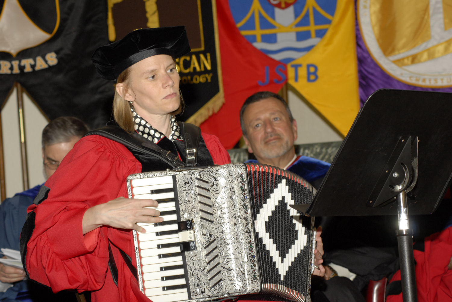 Jennifer Veninga accordion